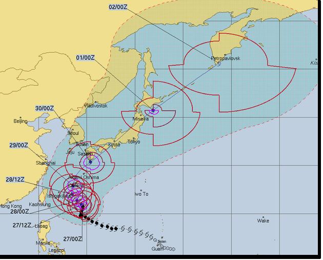 右折する台風